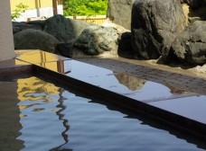 岩木山を一望できる露天風呂