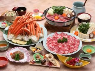 星と森のロマントピア 十和田黒牛すき焼き&ズワイ蟹が食べ放題!冬のグルメプラン