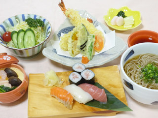 天麩羅と寿司セット